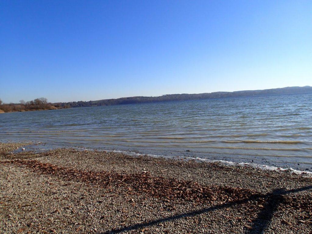 Das malerische Ufer des Ammersees diente als Kulisse für den Dreh.